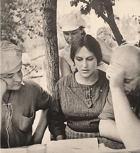 Під час зйомок фільму «Назад повернення немає», 1973 рік