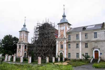 Ізяслав. Костьол св. Йозефа