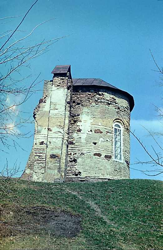 Остер. Церква св.Михаїла. Вигляд з півдня. 1978 р. Фото М.І.Жарких