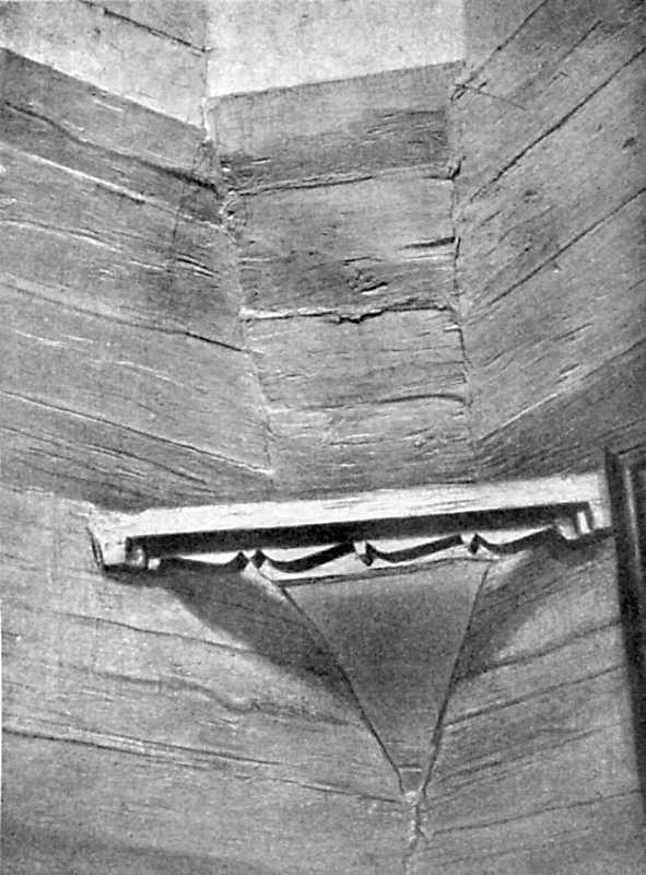 Брусковая скоба в углу верхнего конца церковного сруба. С. Камянече Уманского уезда, 1756 г.