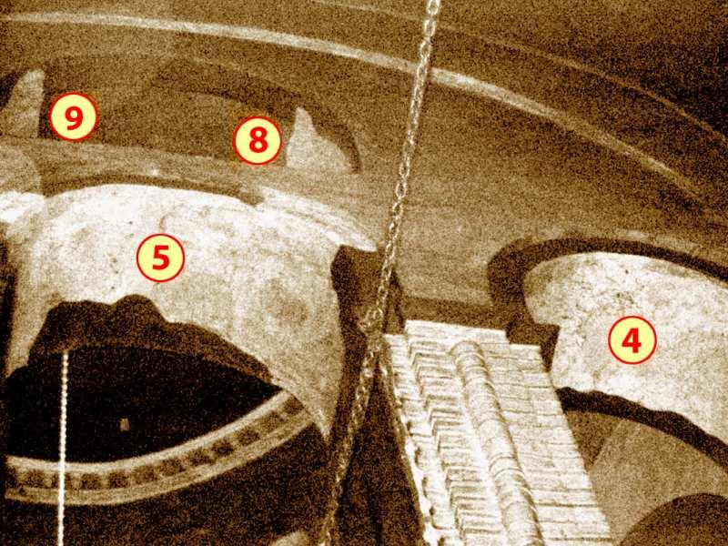 Чернігів. Спасо-Преображенський собор. Північна нава з позначенням місць розташування фрагментів фресок у аркаді хорів (у західній, середній та верхній арках № 4, 5, 8, 9), після їх розчистки.