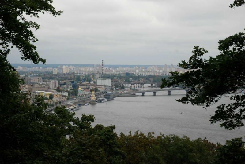 Вид на київський Поділ