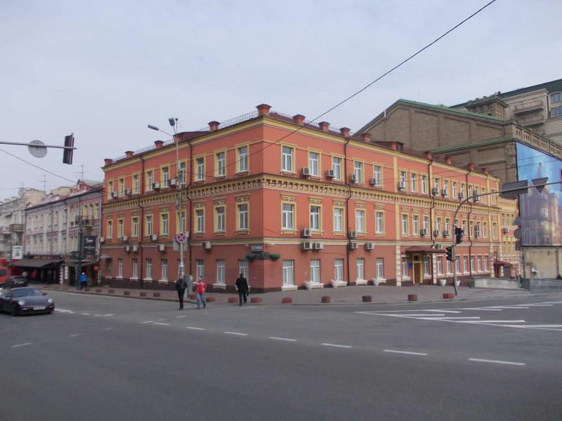 Колишні номери «Дніпровський порт» по…