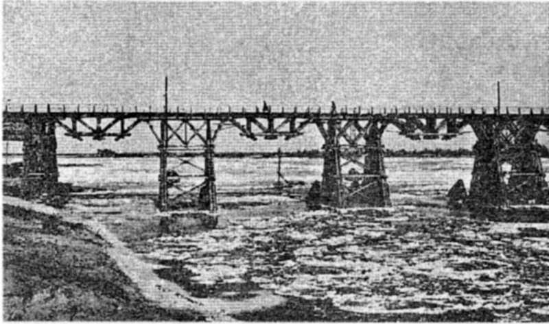 Подільський залізничний міст на Дніпрі…