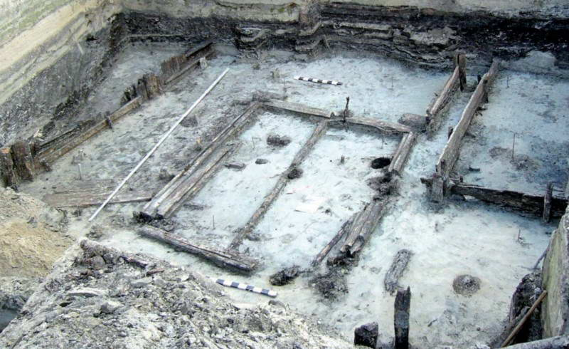 Розкопки на території Подолу, Спаська,…