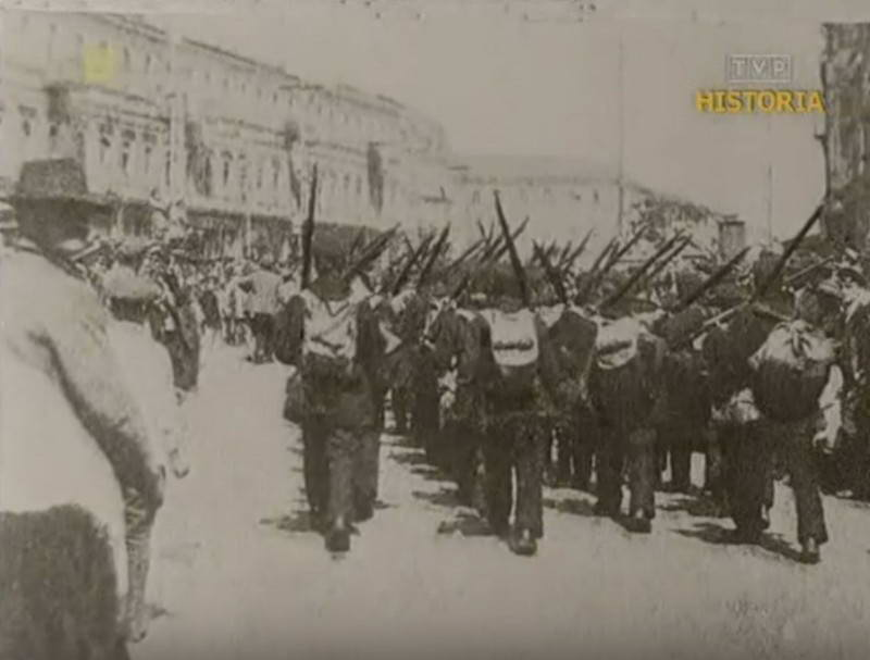 Польські моряки на параді з нагоди…