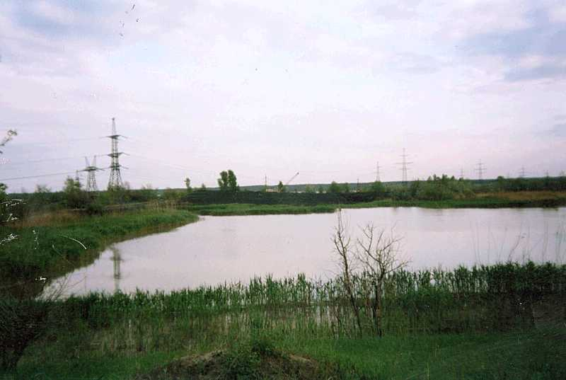 15. Filling the lake with slag…